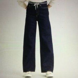 NWT Levi's Premium High Loose Denim Jeans Size 32